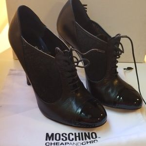 Moschino booties with lace. Sz 37.